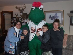 Baysox accepting nominations and donations for Louie's 11th Annual Holiday Hope Project