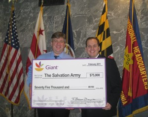 Giant Food presents $75K to Salvation Army