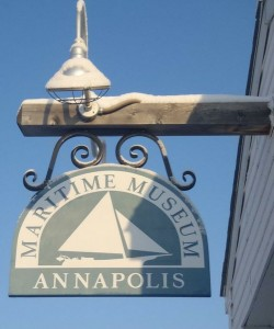 Annapolis Maritime Museum and AACPS sign agreement to provide environmental education
