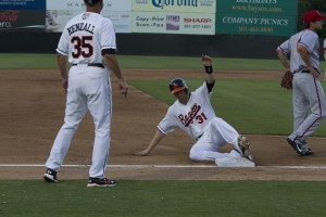 Baysox avoid sweep with big inning