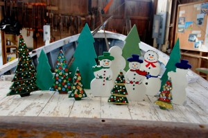 he Chesapeake Bay Maritime Museum's (CBMM) store will be hosting a members night on Tuesday, December 3 from 5-7pm, where adult-accompanied children aged 5-12 can decorate a wooden holiday figurine, like these shown here, while CBMM members take advantage of a special 25% store discount and free gift wrapping. Light refreshments will be served, with complimentary parking available at the Crab Claw Restaurant during the event. All proceeds benefit the children and adults served by CBMM's educational, boat restoration, and exhibit programming. For more information, call 410-745-4962