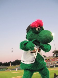 Baysox seek nominations for Louie's Holiday Hope Project