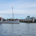 1920 buyboat Winnie Estelle joins floating fleet at CBMM
