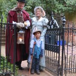 Holiday candelight stroll with Hammond-Harwood tour