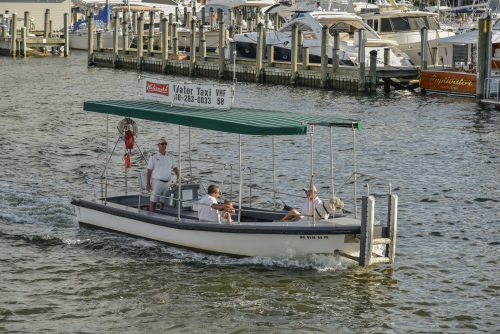 Annapolis daily water taxi service resumes today