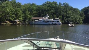 M/Y Yes in Clements Creek