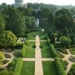 historic-annapolis-garden-with-summerhouse