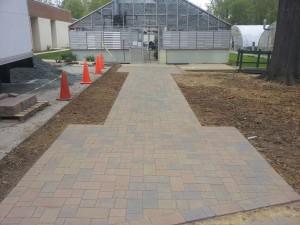 Greenhouse walkway 1