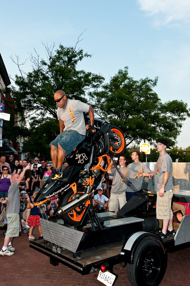 iWheelie performing at the 2012 Annapolis Parade. (Photo: Glenn A Miller Photography for Eye On Annapolis)