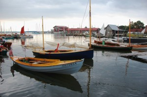 The craftsmanship and innovation used in traditional and contemporary small watercraft will be on land and water display during the 31st Annual Mid-Atlantic Small Craft Festival on October 5 & 6 at the Chesapeake Bay Maritime Museum in St. Michaels, MD. Sailing skiffs, rowing shells, kayaks, canoes, paddle boats, prams and one-of-a-kind boats are part of this family-oriented event. For more info, visit www.cbmm.org/mascf.