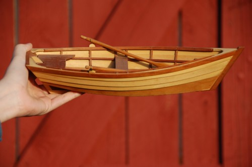 Learn model boatbuilding by creating your own 10-inch Chesapeake Bay lapstrake skiff during a February 28 – March 2 workshop at the Chesapeake Bay Maritime Museum in St. Michaels, MD. Class size for the weekend workshop is limited, with pre-registration needed by calling 410-745-4941.  More information is at www.cbmm.org.