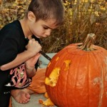 2,200 Pumpkin carving injuries every year